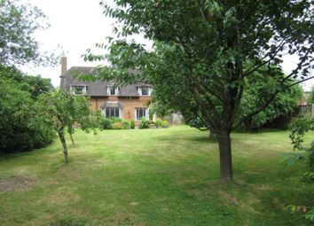 Thumbnail Detached house for sale in Walkwood Rise, Beaconsfield