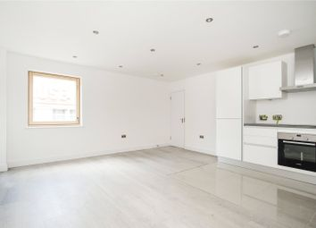 Thumbnail 2 bed flat to rent in Paragon Road, London