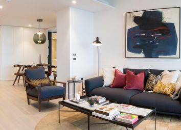 Thumbnail 2 bed flat for sale in 29-06 10 Park Drive, Canary Wharf