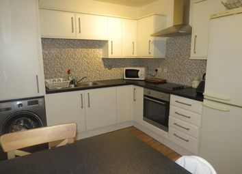 Thumbnail 2 bed property to rent in Tyning Park, Calne