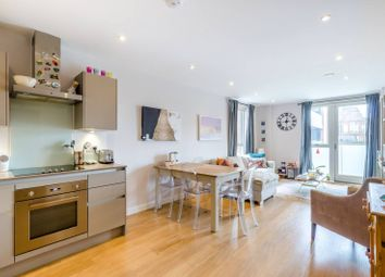 Thumbnail 2 bed flat to rent in Balham Hill, Clapham South