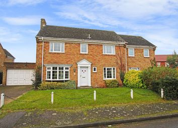 Thumbnail 6 bed detached house to rent in Queen Anne's Close, Stotfold, Hitchin