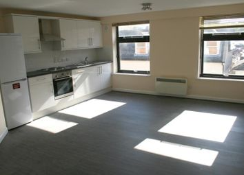 Thumbnail 2 bed flat to rent in High Street, Haverhill