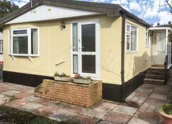 Thumbnail 2 bedroom mobile/park home for sale in Crossley Moor Road, Kingsteignton, Newton Abbot