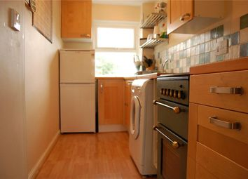 Thumbnail 1 bed flat to rent in Hadland Road, Abingdon, Oxfordshire