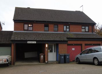 Thumbnail 1 bed flat to rent in Fieldfare, Stevenage
