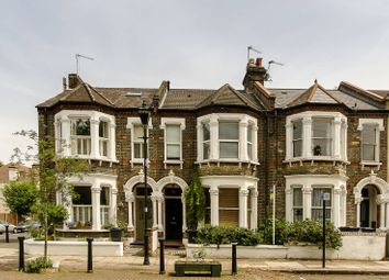 Thumbnail 2 bed flat to rent in Holmewood Gardens, Brixton Hill