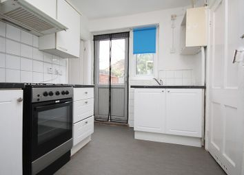 2 bed property to rent in Woodward Road, Dagenham RM9