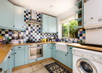 Thumbnail 3 bed property to rent in Walnut Tree Road, Greenwich