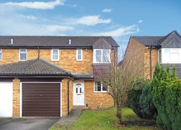 Thumbnail 3 bed property to rent in Isis Avenue, Bicester