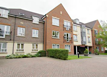 Thumbnail 2 bed flat for sale in Denmark Road, Carshalton