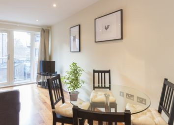 Thumbnail 1 bed flat to rent in Goswell Road, Barbican, London
