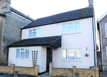 Thumbnail 4 bedroom detached house to rent in Hospital Road, Arlesey, Beds