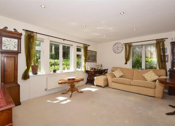 2 bed flat for sale in Hill View, Dorking, Surrey RH4