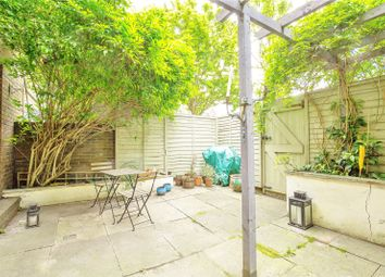 Thumbnail 2 bed flat for sale in Annesley Walk, Archway, London