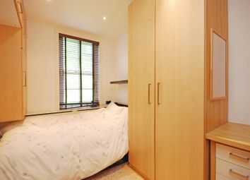 Thumbnail 1 bed flat to rent in Martlett Court, Covent Garden