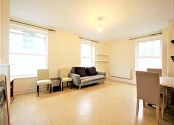 Thumbnail 3 bedroom flat to rent in Long Lane, Borough, London