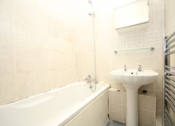 Thumbnail Room to rent in Willowherb Walk, Romford