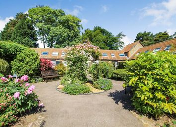 Thumbnail 2 bed barn conversion for sale in Howell Hill Close, Mentmore, Leighton Buzzard