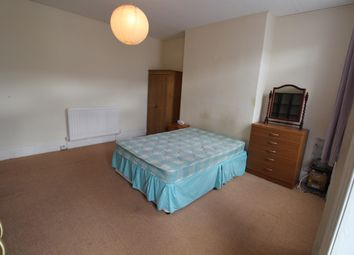 Thumbnail 3 bed flat to rent in Affleck Street, Gateshead