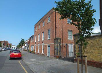 Thumbnail Flat to rent in Abbey Street, Faversham