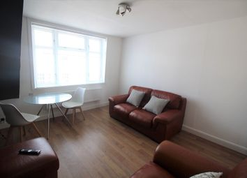 2 bed flat to rent in Rosebank Place, City Centre, Aberdeen AB11