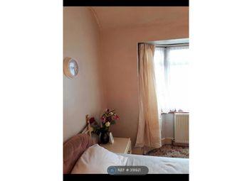 Thumbnail Room to rent in Waye Avenue, Hounslow