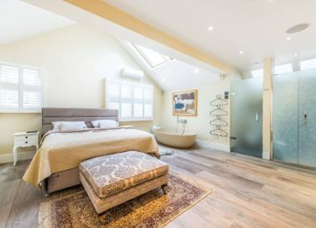Thumbnail 4 bed detached house to rent in Vine Road, Barnes