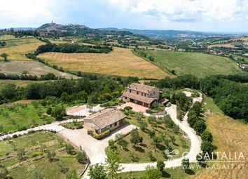 Thumbnail 8 bed villa for sale in Todi, Umbria, It