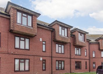 Thumbnail 1 bed flat for sale in Queen Victoria House, Peach Street, Wokingham