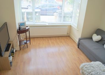 Thumbnail 2 bedroom flat to rent in Hardwicke Road, Bounds Green