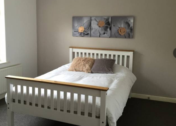 Thumbnail Room to rent in Rayleigh Road, Wolverhampton