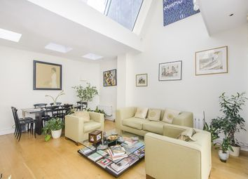 Thumbnail 2 bedroom property to rent in Buckingham Chambers, Greencoat Place, London
