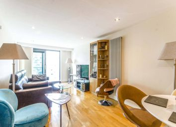 Millharbour, Canary Wharf, London E14. 2 bed flat