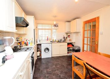 Thumbnail 4 bed maisonette to rent in Benworth St, Mile End, Bow, East London