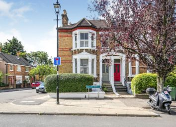 Waller Road, London SE14. 2 bed flat