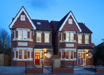Thumbnail 6 bed detached house for sale in Ascott Avenue, Ealing