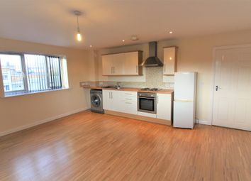 2 bed flat for sale in Otley Road, Shipley BD18
