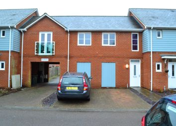 Thumbnail 2 bed flat to rent in Goodworth Road, Redhill