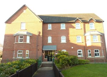 Thumbnail 2 bedroom flat to rent in Collingwood Close, Hazel Grove, Stockport