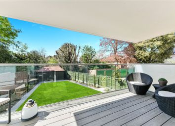 Clifton Road, London SW19. 2 bed flat for sale