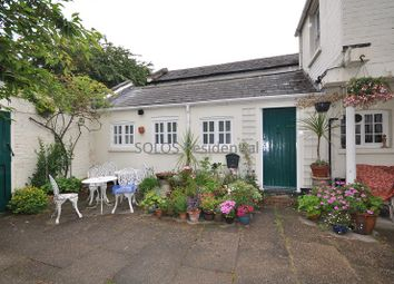 Thumbnail 2 bedroom cottage to rent in Second Avenue, Sherwood Rise, Nottingham