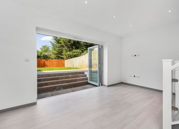 Thumbnail 5 bed flat to rent in East End Road, London