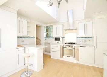Thumbnail 2 bed maisonette to rent in Lower Richmond Road, Putney, London