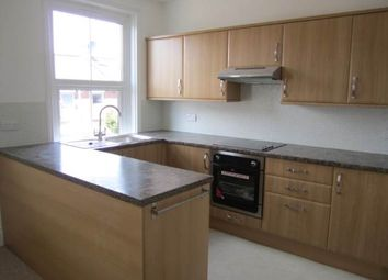 2 bed flat to rent in Oxford Road, Exeter EX4