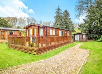Thumbnail 2 bedroom mobile/park home for sale in Lodge Park, Haveringland, Norwich