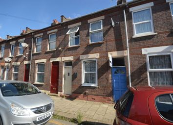 Thumbnail 3 bed terraced house to rent in Highbury Road, Luton