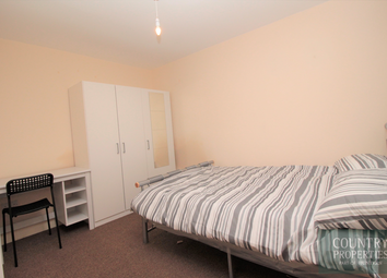 Thumbnail 1 bed terraced house to rent in Room 4, Prebend Street, Bedford