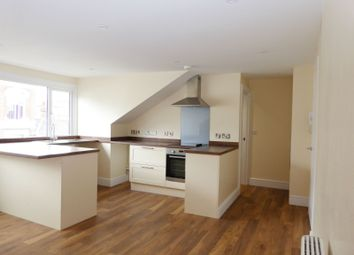 Thumbnail 2 bedroom flat to rent in Bank Street, Ashford