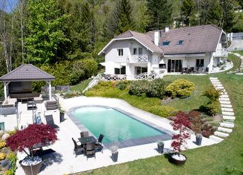 Thumbnail 6 bed villa for sale in Bluffy, Bluffy, France